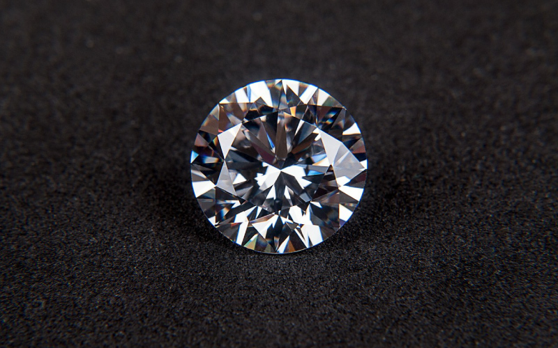 What Makes the Round Brilliant Cut Diamond the Most Popular Stone?